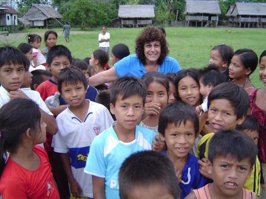 Amazon pueblo steph and kids